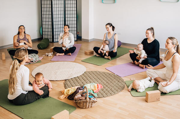Mums and bubs yoga 2nd edit-127